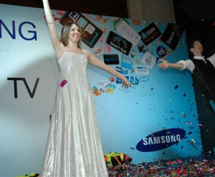 Exhibition Magicians Samsung Smart TV Launch